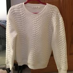 RD Style Quilted Sweater White quilted sweater with black elbow pads in faux leather. Nearly new. Size M Sweaters Crew & Scoop Necks