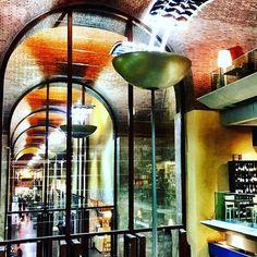 Da oggi Roma Termini è la stazione più golosa e gourmet del mondo. Scoprite il Mercato Centrale di Termini su www.gamberorosso.it. #mercato #termini #mercatotermini #food #streetfood #roma #rome #madeinitaly #italy #foodie #instafood #instagood