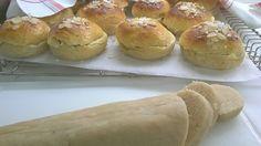 Lemon Curd, Hamburger, Bread, Food, Lemon Cream, Eten, Hamburgers, Bakeries, Meals