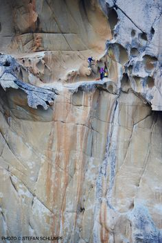 House Under a Rock — Nina Caprez & Cedric Lechat on Délicatessen 8b /...