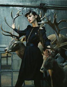 Vogue Spain   editorial   dark