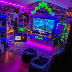 BreakerZGaming - Breaker Z Gaming Computer Gaming Room, Gaming Room Setup, Gaming Rooms, Nerd Room, Gamer Room, Bedroom Setup, Room Ideas Bedroom, Otaku Room, Chill Room