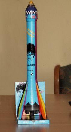 Saba Modell 2 Wetterrakete SE-66/6 als Kurzstreckenrakete mit Kultur- und Kaloriensprengköpfen Vacuums, Home Appliances, Weather, Culture, Model, Electrical Appliances, Vacuum Cleaners, House Appliances