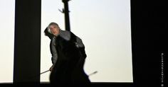 Lee Ranaldo ( Sonic Youth ) - Hanging Guitar Performance.  Gdański Teatr Szekspirowski  (The Gdansk Shakespeare Theatre)