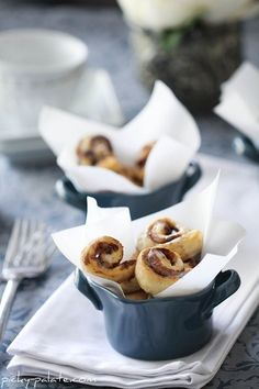 itty bitty cinnamon roll bites - so cute and so smart!