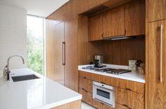 18 Remarkable Mid Century Modern Kitchen Designs For The Vintage Fans