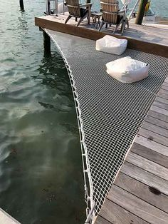 Architectural Nets for decoration, safety, design and other applications. Architectural Netting with worldwide service from Fort Lauderdale, Florida. Lakeside Living, Outdoor Living, Fort Lauderdale, Lake Dock, Docks Lake, Santa Helena, Lake Cabins, River House, Lake Life