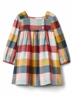 Little girls plaid flannel dress. Kids Frocks, Frocks For Girls, Little Girl Dresses, Girls Dresses, Baby Dresses, Sewing Baby Clothes, Baby Kids Clothes, Clothes For Women, Fall Clothes