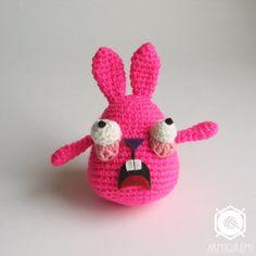 Munchy The Screaming Bunny par Armigurumi sur Etsy
