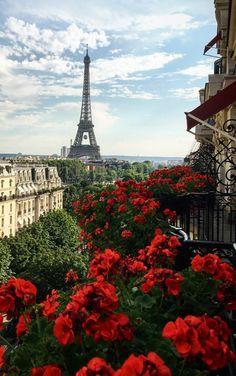 Nice Paris photo from Fathom Eiffel Tower Photography, Paris Photography, Nature Photography, City Aesthetic, Travel Aesthetic, Places To Travel, Places To Go, Paris Wallpaper, Paris Pictures
