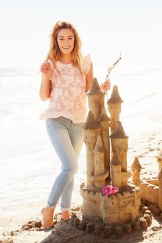 """""""Serious sandcastle goals! Lauren Conrad is the picture of summer perfection in our LC Lauren Conrad Floral Jacquard Peplum Top and Rolled Skinny Jeans. """""""