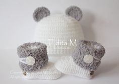 Unisex baby set, crochet baby set, booties, bear hat, fur shoes, boots, beanie, white, grey, gray, 0-3 months, baby shower gift, Christmas