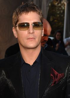 Oh my goodness - Rob Thomas!!!