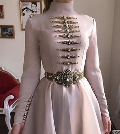 Hijab Fashion, Fashion Dresses, Mode Lolita, Hijab Stile, Fantasy Gowns, Mode Inspiration, Beautiful Gowns, Pretty Dresses, Evening Gowns