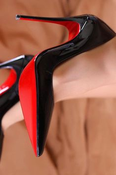 high heels – High Heels Daily Heels, stilettos and women's Shoes Black Closed Toe Heels, Black High Heels, High Heels Stilettos, Stiletto Heels, Pumps, Pencil Heels, Mode Glamour, Girls Sneakers, Fashion Heels
