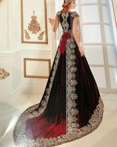 Turkish Wedding Dress, Desi Wedding Dresses, Bridal Dresses, Prom Dresses, Lovely Dresses, Beautiful Outfits, Fantasy Gowns, Moroccan Dress, Medieval Dress