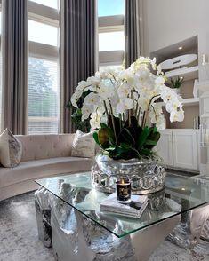 Vase, Interior Design, House Styles, Inspiration, Home Decor, Nest Design, Biblical Inspiration, Decoration Home, Home Interior Design