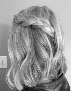 Shades for Silver Grey for Medium Hairstyles 2019 silver hair Shades for Silver Grey for Medium Hairstyles 2019 Curly Hair Styles, Medium Hair Styles, Pelo Color Gris, Silver Grey Hair, Short Silver Hair, Grey White Hair, White Blonde Hair, Brunette Hair, Ombre Hair Color