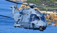 El Ejército del Aire español recibe el primer NH90 preparado para misiones SAR y CSAR | Aerotendencias Fuerzas Armadas Españolas, Bandera España, Ejercito De Tierra, Tropas, Defensa, Combate, Transporte, Búsqueda Y Rescate, Tonos De Azul