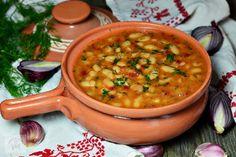 Iahnie de fasole - CAIETUL CU RETETE Romanian Food, Romanian Recipes, Vegan Dinners, Healthy, Ethnic Recipes, Cooking Recipes, Kochen, Vegetarian Dinners