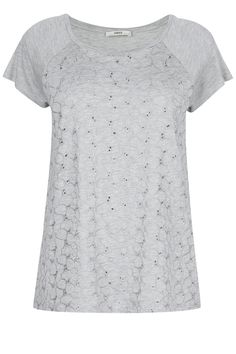 Daisy Embroidered Tee