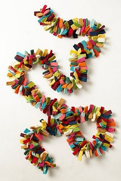 What a fun garland, if you're OD'ing on glitter and metallics.
