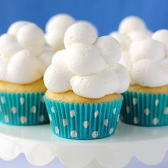 You'll be floating on a cloud for these Cloud Cupcakes!