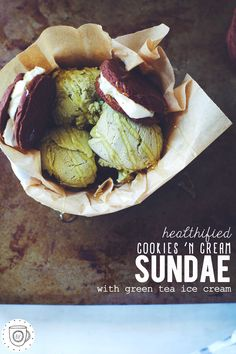 healthified cookies 'n cream sundae with green tea ice cream | Get Your Own Boutique Organic Matcha Today: http://www.amazon.com/MATCHA-Green-Tea-Powder-Antioxidants/dp/B00NYYVWFQ