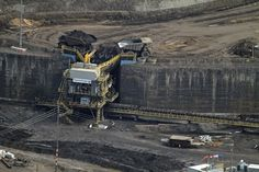 Alberta tar sands operation pictures