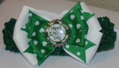 St Patricks Day Green and White Hair Bow by bowsforme on Etsy, $6.99