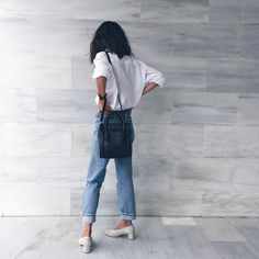 White button up/high waisted jeans/chunky short heels