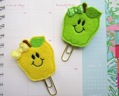 Check out this item in my Etsy shop https://www.etsy.com/listing/275346870/kawaii-cute-apple-planner-paper-clips
