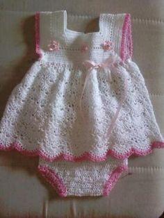 Crochet Baby dress by Lensia