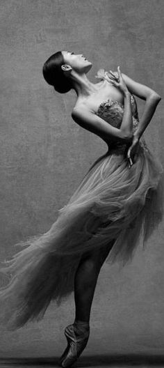 new york city ballet Ballet Art, City Ballet, Ballet Dancers, Ballerinas, Ballerina Art, Foto Fantasy, Dark Fantasy Art, Dance Images, Dance Pictures