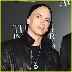 Eminem plastic surgery is seen mainly on his face. The famous rapper is now a topic of gossip since his fans believe he must have gotten himself involved in plastic surgery. I Still Love Him, Pretty Blue Eyes, Digital News, Hip Hop News, Celebrity Gallery, Joan Rivers, Rare Pictures, Celebs, Celebrities