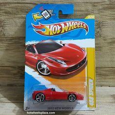 Hot Wheels Ferrari 458 Spider 2012 New Models 25/50 Akta #hotwheels #hotwheelsphotography #diecast #hotwheelscollector #hotwheelscollection #ferrari #458spider #hotwheelsserang #hotwheelstangerang #hotwheelsjakarta #hotwheelsindonesia #hotwheelsmurah #pajangan #diecastindonesia #diecastjakarta #mainan #mainananak #mobilanunik #mobilunik #jualmobil #mobilan #jualminiatur #jualmainan #jualpajangan #jualhotwheels #jualanku #jualdiecast #idstoreplus