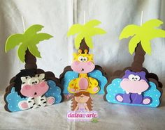 CENTRO DE MESA E PORTA GUARDANAPO SAFARI Kids Crafts, Foam Crafts, Giraffe Party, Safari Party, Birthday Party Centerpieces, Class Decoration, Ideas Para Fiestas, Paper Gifts, Mousse