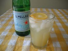 home made ginger ale  Made this tonight - quite good! Used 1/2 sugar and 1/2 stevia.