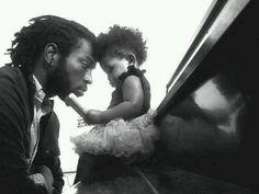 Such a cute daddy daughter pic. The way he looks at her says it all. My Black Is Beautiful, Black Love, Black Men, Beautiful Family, Beautiful Children, Beautiful Men, Beautiful People, Black Fathers, Fathers Love
