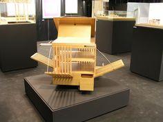 allende arquitectos exhibition. Opening Iris Building. June 2003