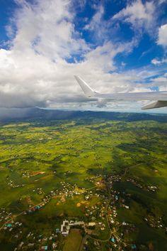 Leaving Fiji (by Daniel Pockett)
