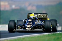 Ayrton Senna (Lotus-Renault) 2ème du Grand Prix de Hongrie - Hungaroring -1986 - Formula 1 HIGH RES photos (Old and New) Facebook1