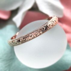 So incredibly gorgeous! #CvBandLAD be offering a #VintageInspired hand carved bands to complement our setting lines, & this 18K rose gold stunner is the first to arrive; we couldn't be more pleased. Perfect as a wedding band, or in a stack of many Contact erica@loveaffairdiamonds for more information on ordering your custom engraved band; whether it be floral or scrolls or a combo of both, just inquire...the styles are limitless. Fab photo by Erica Derout #CvBInspiredDesign ..