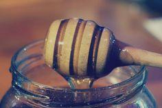 Delicious Beauty   Health Benefits of Manuka Honey…WOW! http://naturalholistichomeopathic.com/delicious-beauty-health-benefits-of-manuka-honey-wow