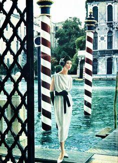 Jardin des Modes - December 1960