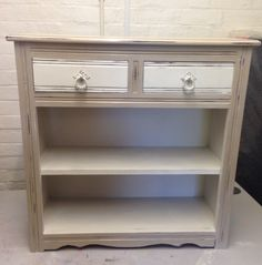 Ive painted this Book case painted in Old white & Country grey a Decorative Chalk Paint by Annie Sloan.