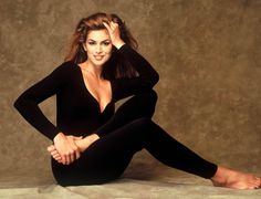 Cindy Crawford Boxing   Cindy Crawford Net Worth Total Income/Salary Monthly Yearly & Earning ...