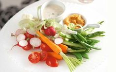 Scharfer Tomaten-Hummus: Party-Rezept auf for me | For me online Germany
