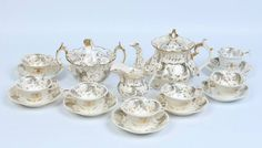 Tea set em porcelana Inglesa Rockingham da primeira metade do sec.19th, circa 1830, 9,620 EGP / 4,100 REAIS / 1,200 EUROS / 1,260 USD https://www.facebook.com/SoulCariocaAntiques