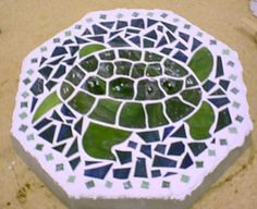 Turtle mosaic stepping stone